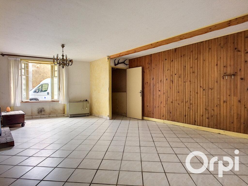 Maison à vendre 4 95m2 à Saint-Gervais-d'Auvergne vignette-3