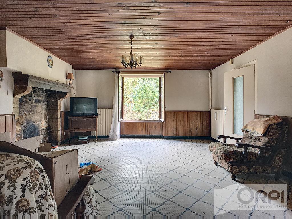 Maison à vendre 5 129.6m2 à Saint-Marcel-en-Marcillat vignette-8