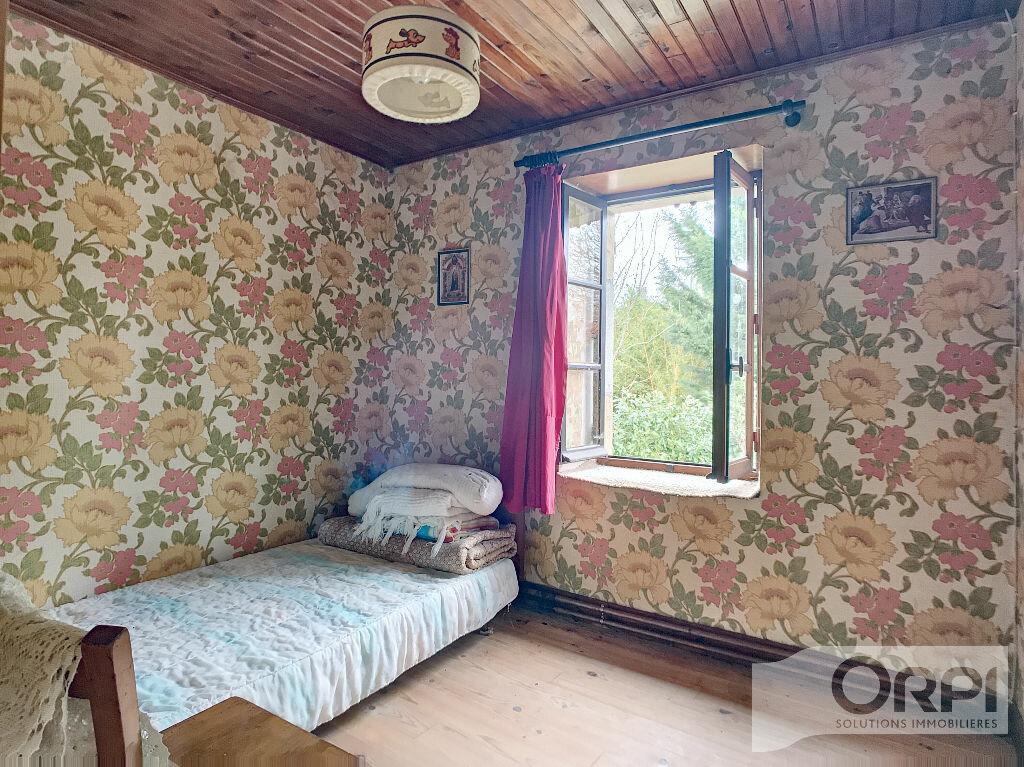 Maison à vendre 5 129.6m2 à Saint-Marcel-en-Marcillat vignette-12