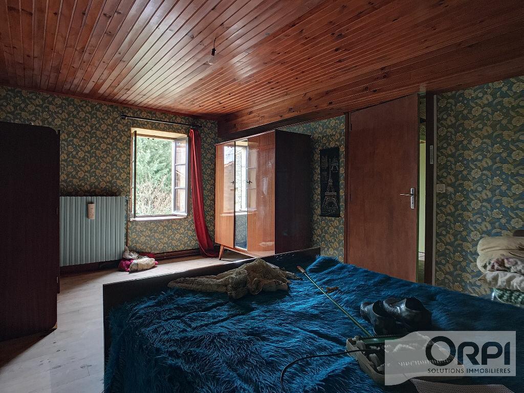 Maison à vendre 5 129.6m2 à Saint-Marcel-en-Marcillat vignette-13