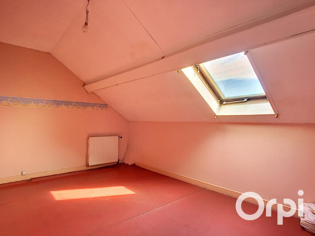 Appartement à vendre 3 54.73m2 à Saint-Éloy-les-Mines vignette-6
