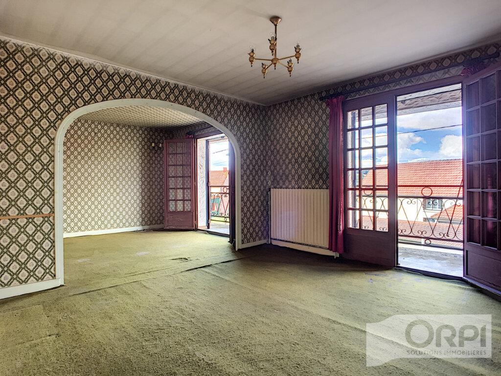 Maison à vendre 4 122m2 à Saint-Éloy-les-Mines vignette-4