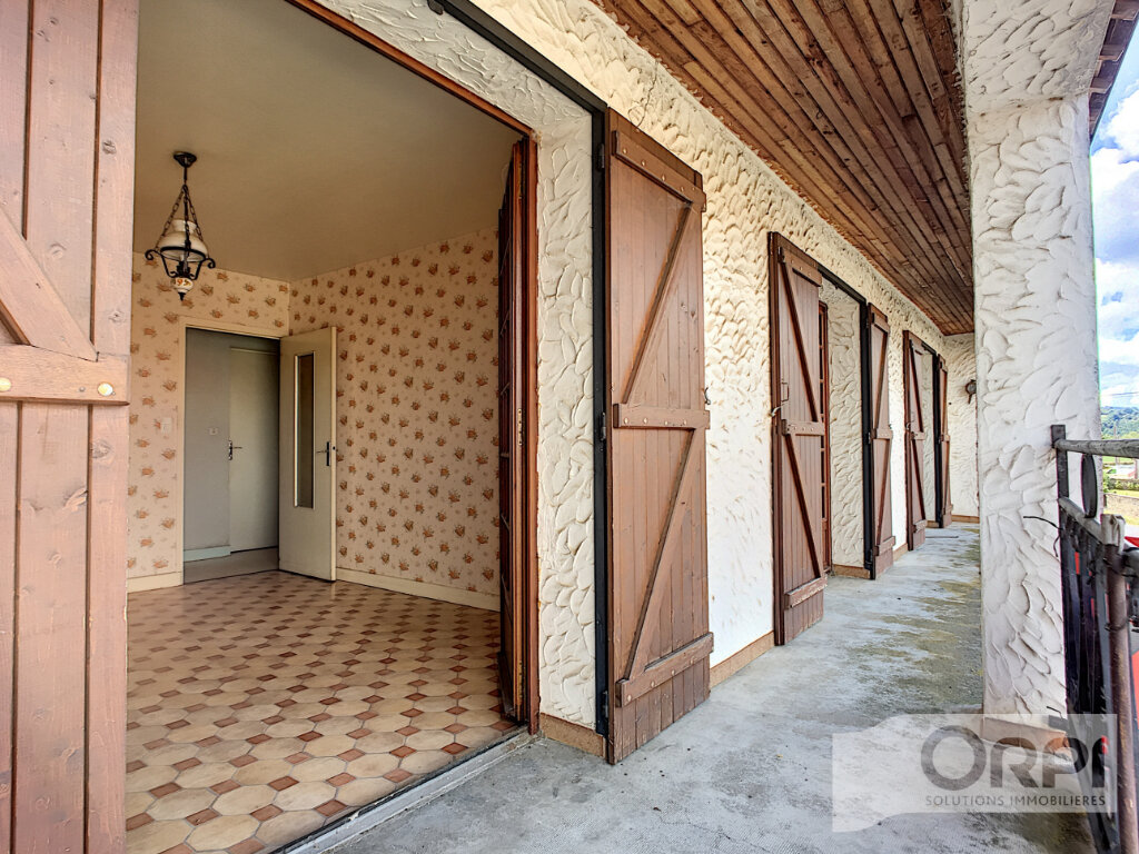 Maison à vendre 4 122m2 à Saint-Éloy-les-Mines vignette-8