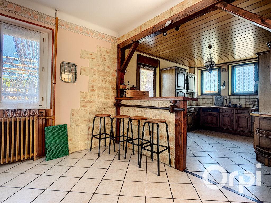 Maison à vendre 5 125.5m2 à Saint-Éloy-les-Mines vignette-11