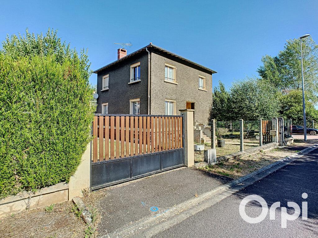 Maison à vendre 5 125.5m2 à Saint-Éloy-les-Mines vignette-13
