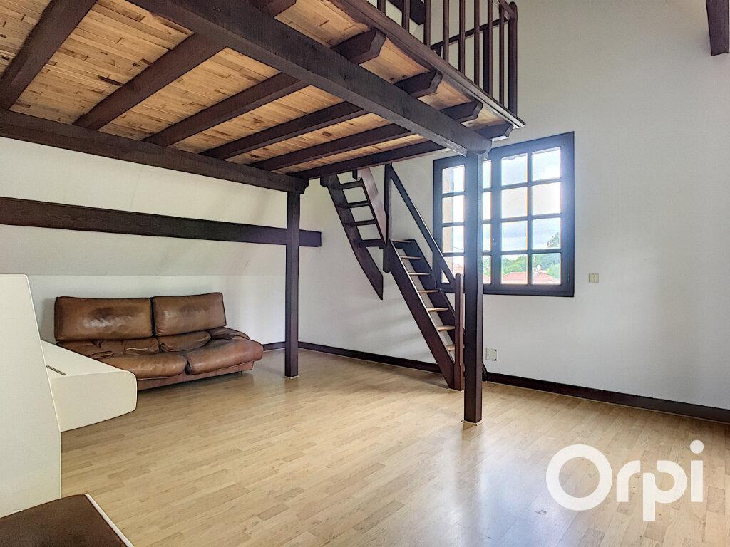 Maison à vendre 6 161m2 à Montaigut vignette-4
