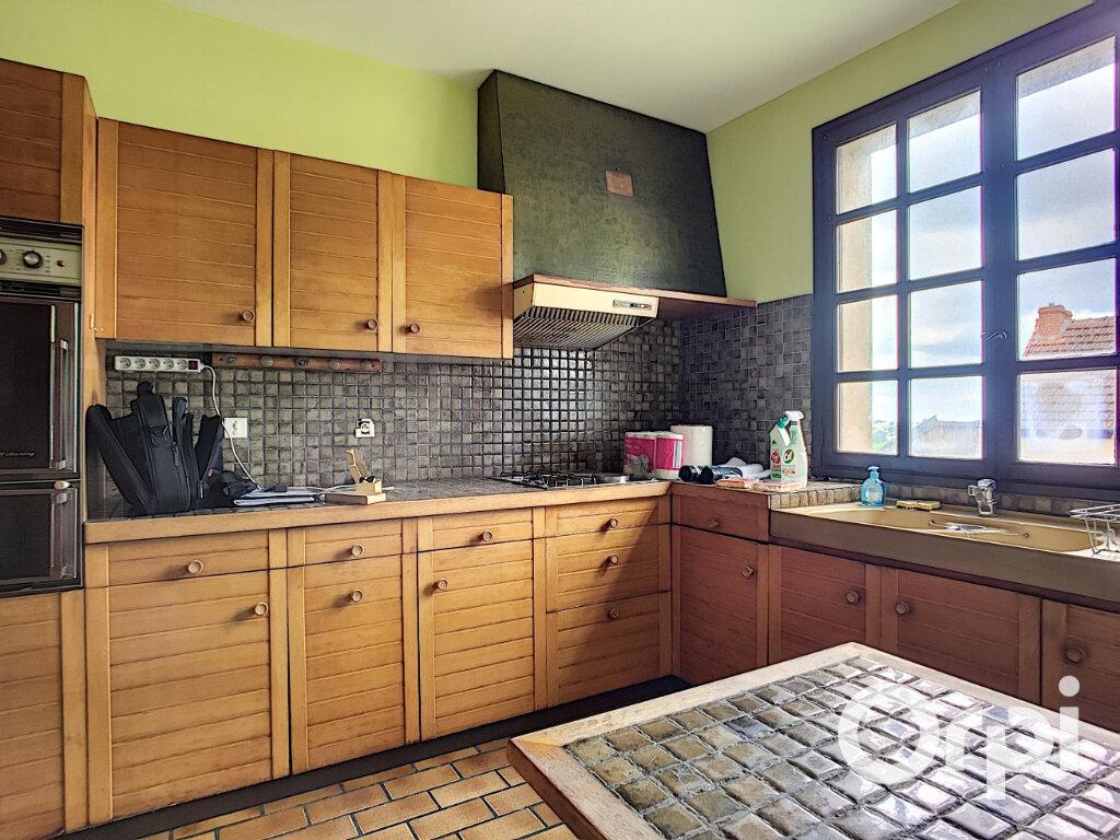 Maison à vendre 6 161m2 à Montaigut vignette-5
