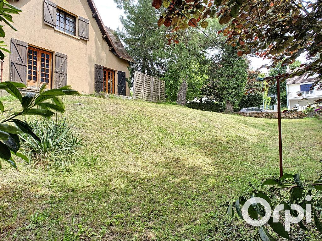 Maison à vendre 6 161m2 à Montaigut vignette-9