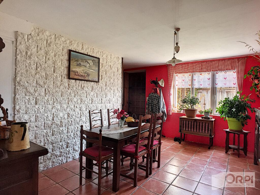 Maison à vendre 7 268m2 à Sainte-Christine vignette-2