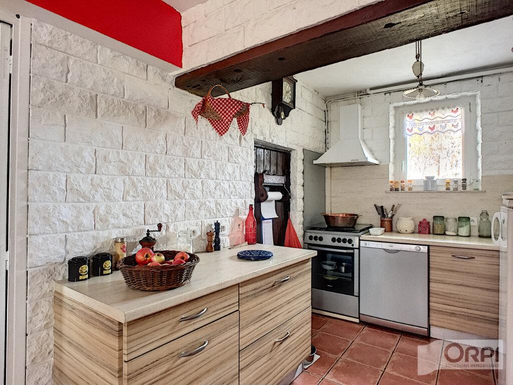 Maison à vendre 7 268m2 à Sainte-Christine vignette-5