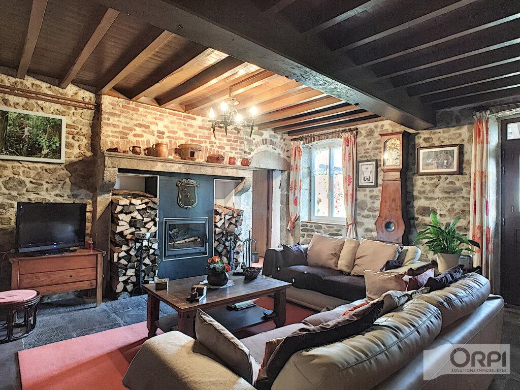 Maison à vendre 7 268m2 à Sainte-Christine vignette-6