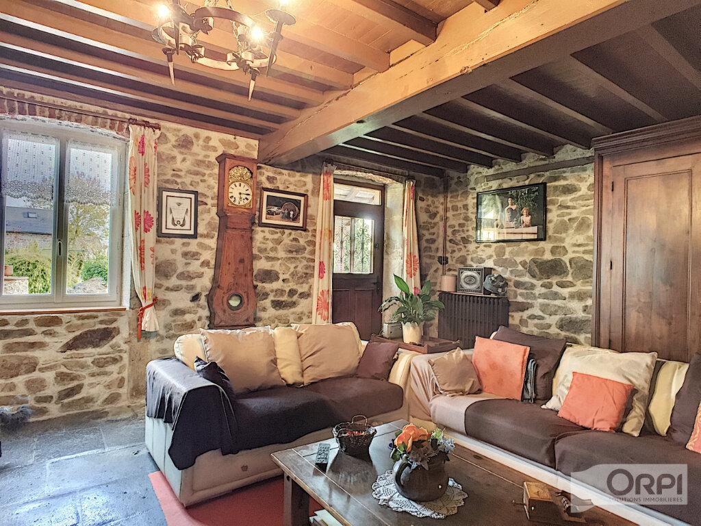 Maison à vendre 7 268m2 à Sainte-Christine vignette-7