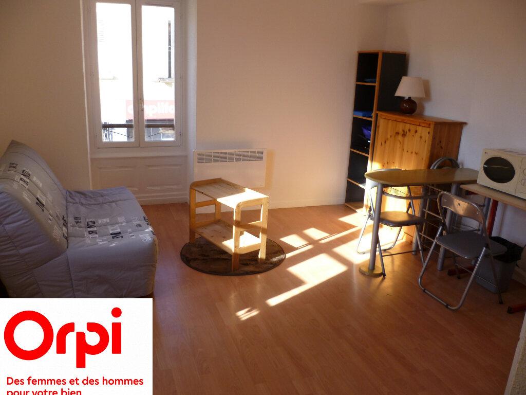 Appartement à louer 1 20m2 à Rives vignette-1