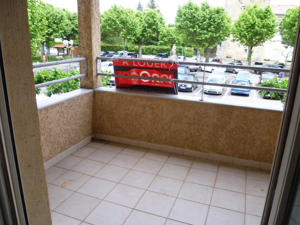 Appartement à louer 3 85.12m2 à Saint-Étienne-de-Saint-Geoirs vignette-1