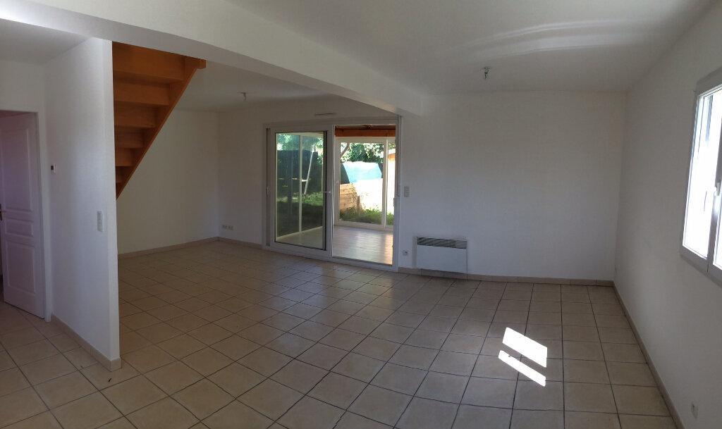 Maison à louer 4 72.83m2 à Beaucroissant vignette-6