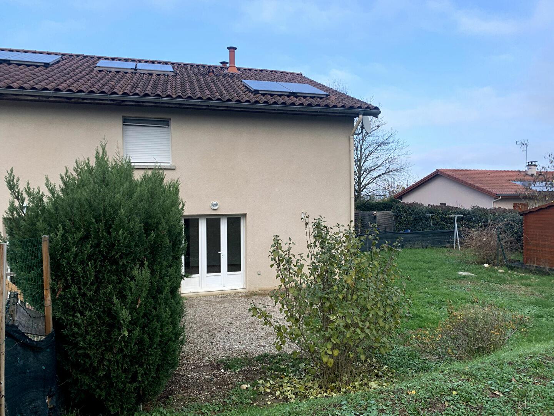 Maison à louer 4 79.42m2 à Thodure vignette-3