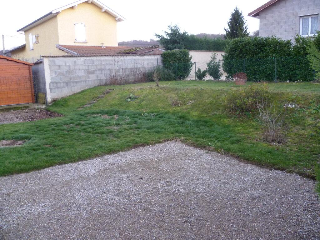 Maison à louer 4 79.42m2 à Thodure vignette-4