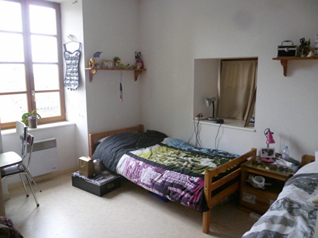 Appartement à louer 3 53m2 à Saint-Étienne-de-Saint-Geoirs vignette-6