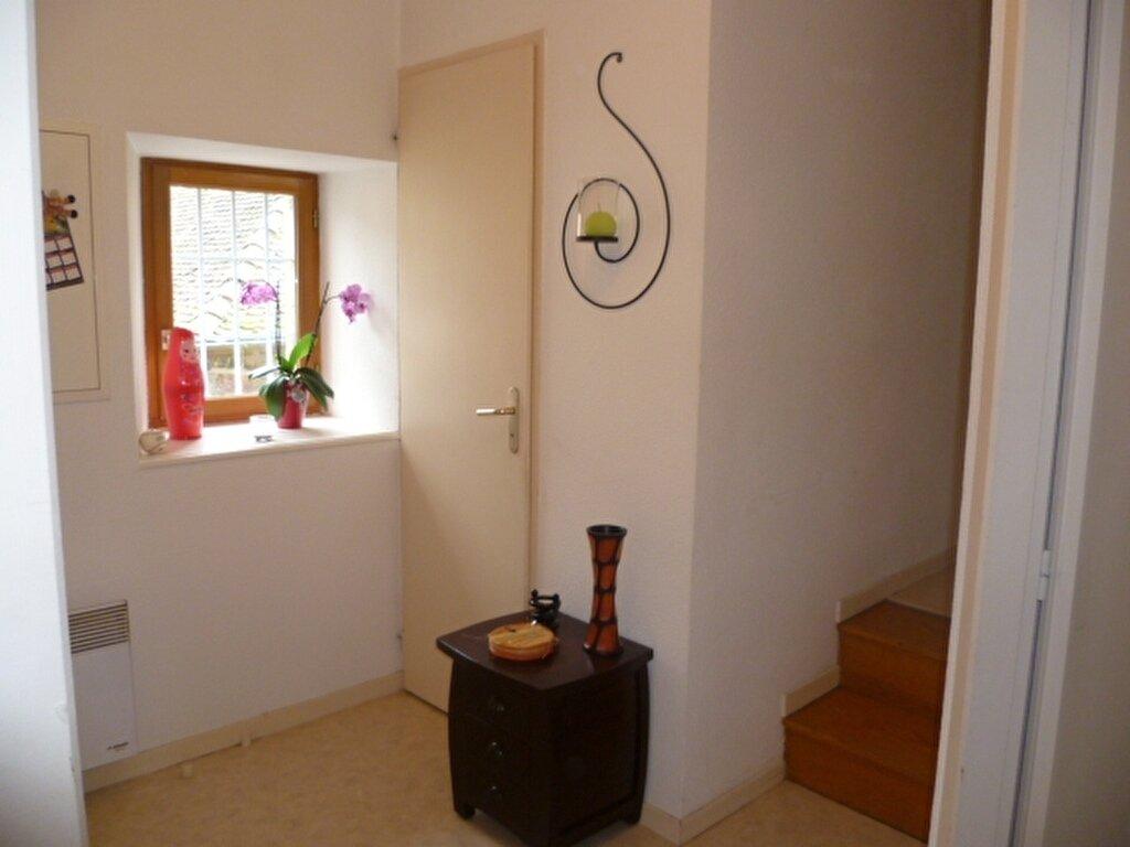Appartement à louer 3 53m2 à Saint-Étienne-de-Saint-Geoirs vignette-7