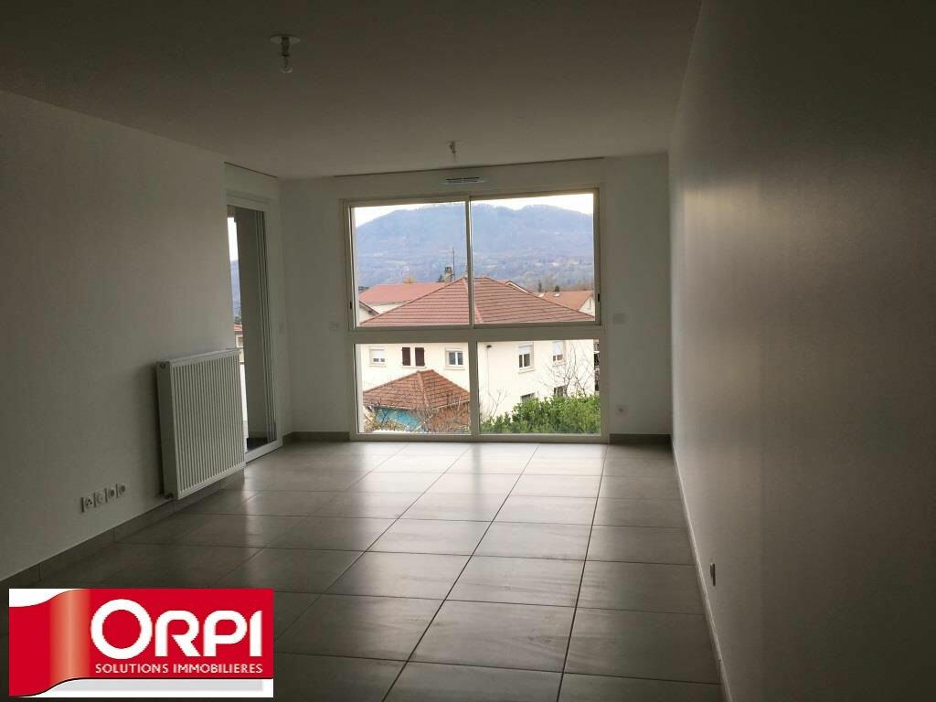 Appartement à louer 2 48m2 à Rives vignette-2