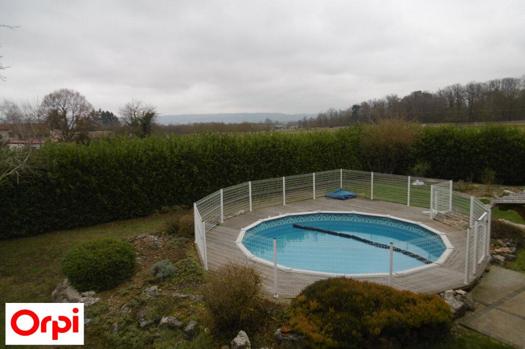 Maison à vendre 7 230m2 à Saint-Siméon-de-Bressieux vignette-12