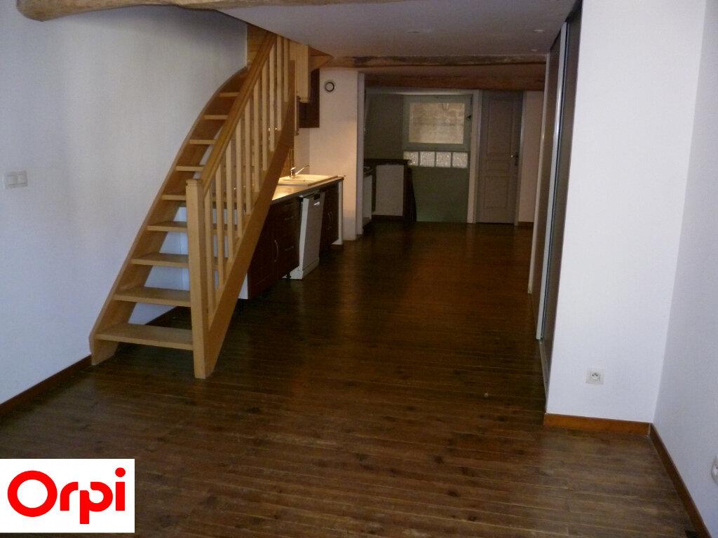 Appartement à louer 4 74.6m2 à Saint-Étienne-de-Saint-Geoirs vignette-10