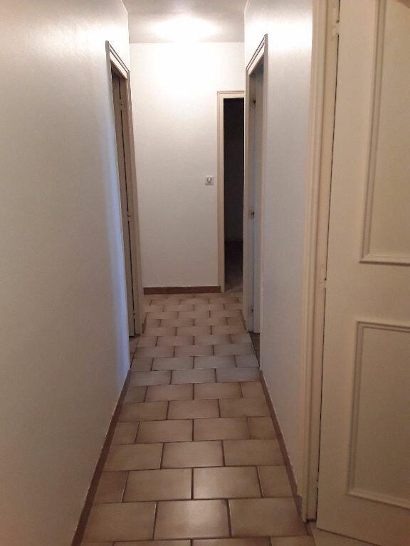 Maison à louer 4 110m2 à La Baume-d'Hostun vignette-9