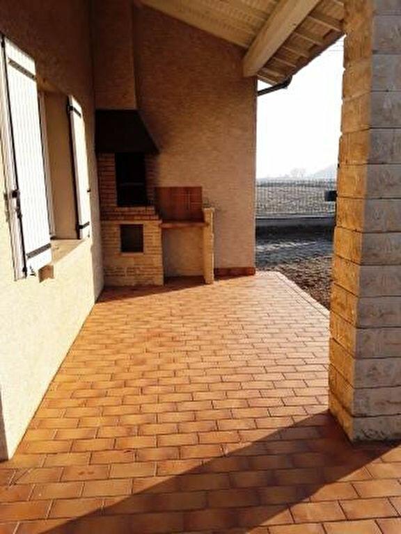 Maison à louer 4 110m2 à La Baume-d'Hostun vignette-11