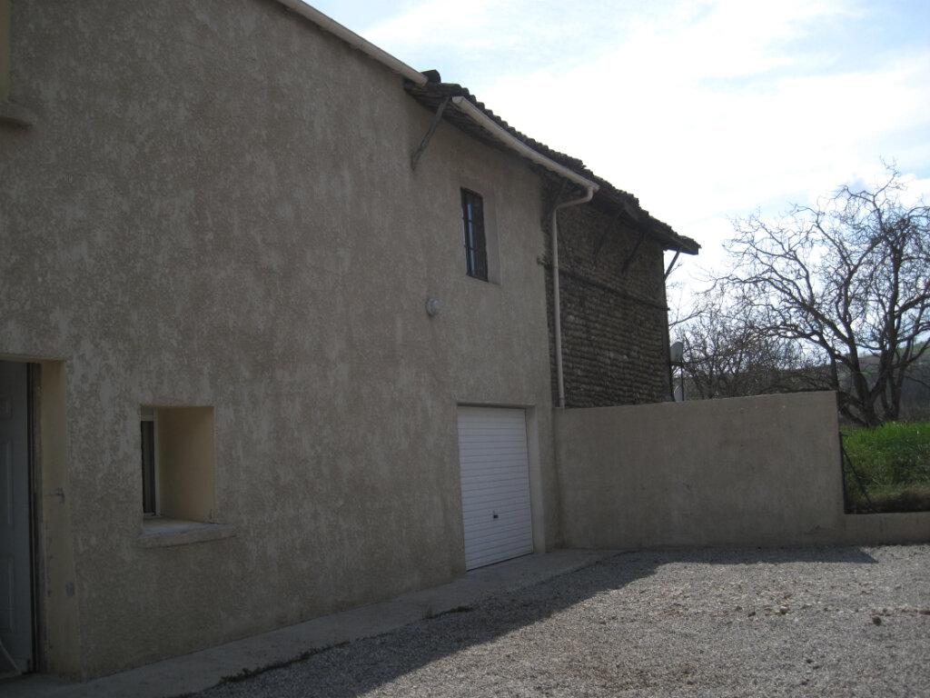 Maison à louer 3 72m2 à Geyssans vignette-1