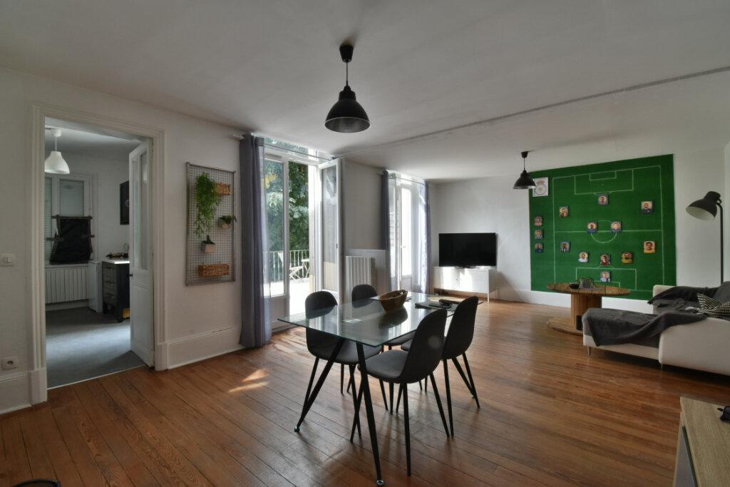 Appartement à vendre 4 85m2 à Romans-sur-Isère vignette-1