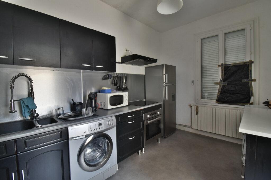 Appartement à vendre 4 85m2 à Romans-sur-Isère vignette-3