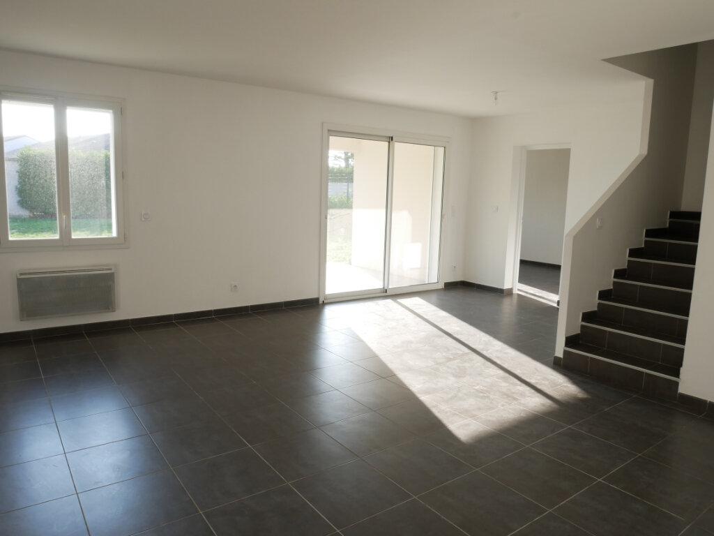 Maison à vendre 5 104m2 à Montélimar vignette-3