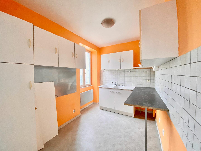 Appartement à louer 3 54m2 à Montboucher-sur-Jabron vignette-2