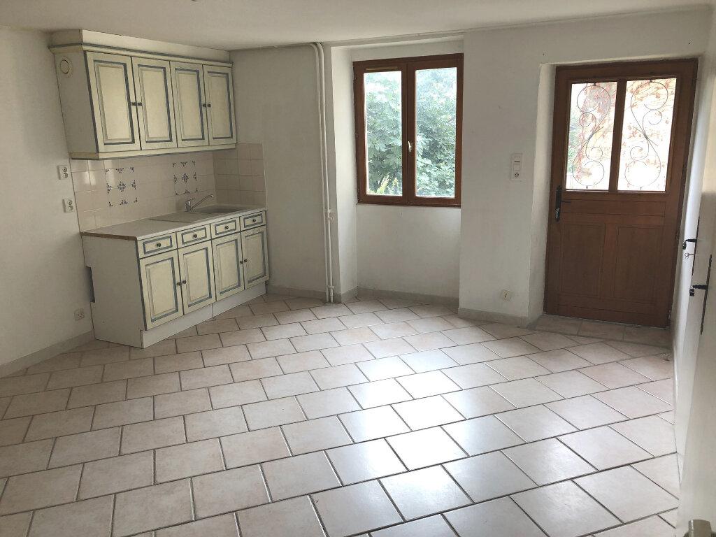 Appartement à louer 2 46.2m2 à Montélimar vignette-1