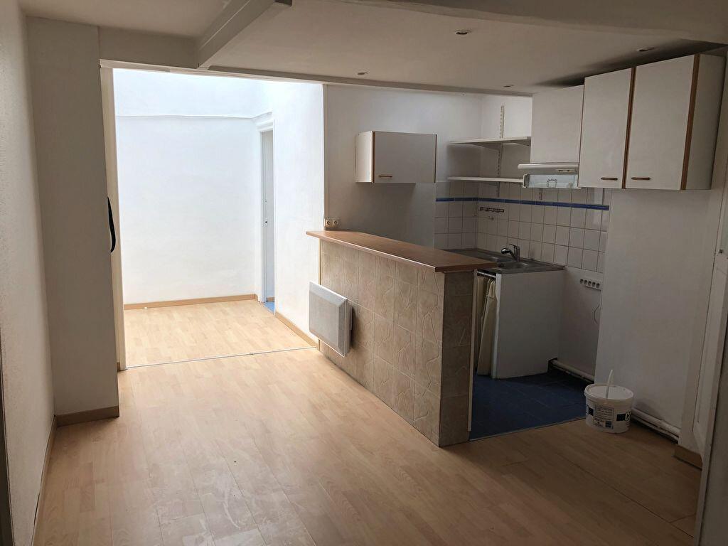 Appartement à louer 2 44.3m2 à Montélimar vignette-1