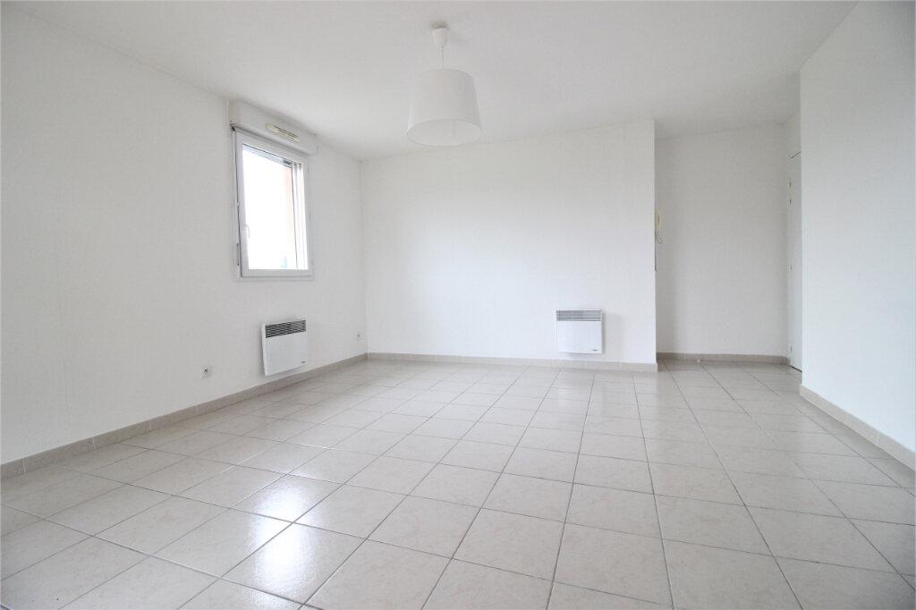 Appartement à louer 2 46.21m2 à Montélimar vignette-4
