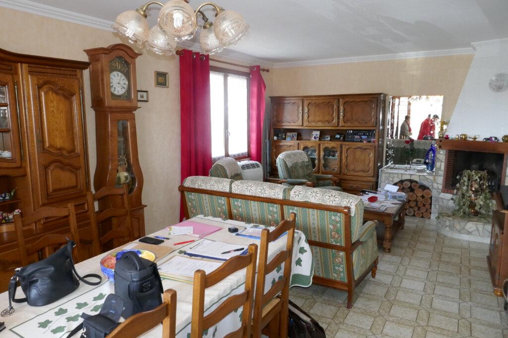 Maison à vendre 6 106m2 à Lablachère vignette-5