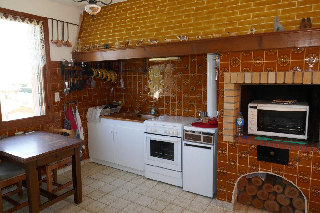 Maison à vendre 6 106m2 à Lablachère vignette-6