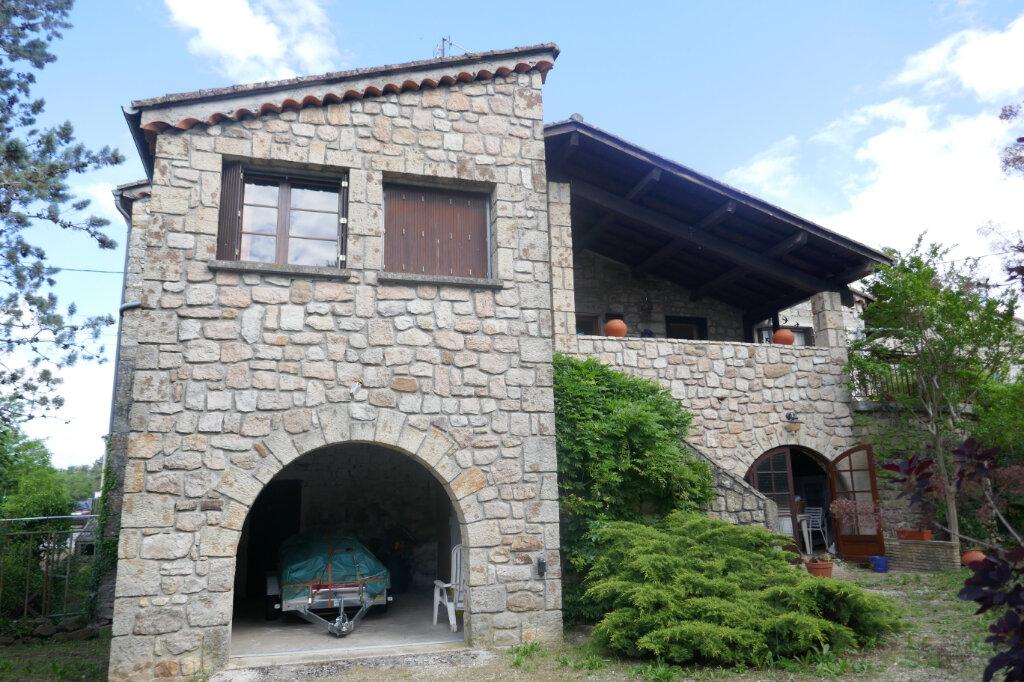 Maison à vendre 5 109m2 à Lablachère vignette-4