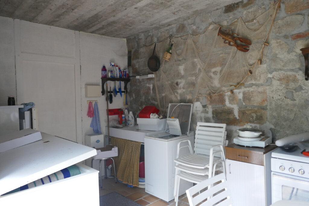 Maison à vendre 5 109m2 à Lablachère vignette-5