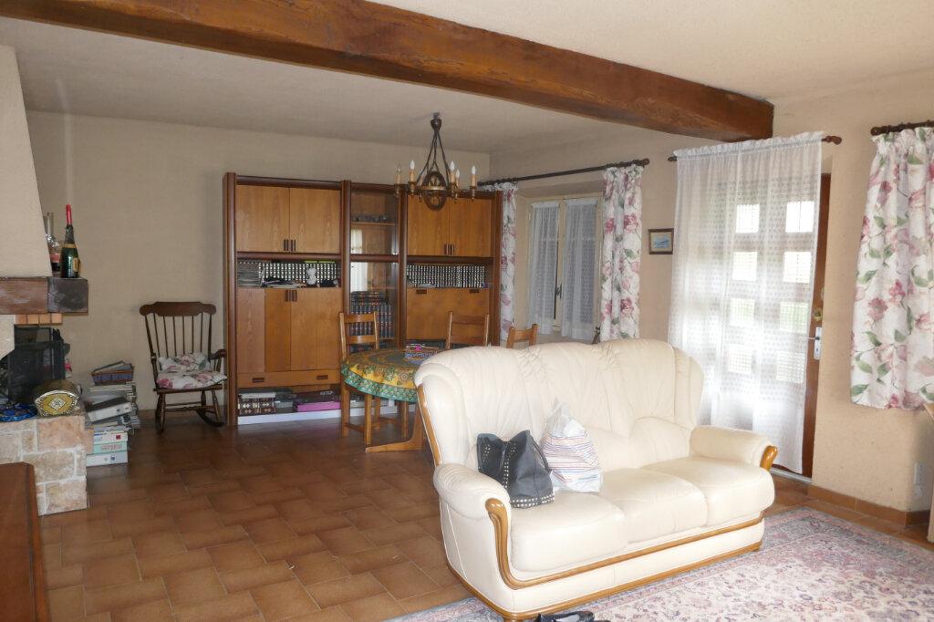 Maison à vendre 5 109m2 à Lablachère vignette-6