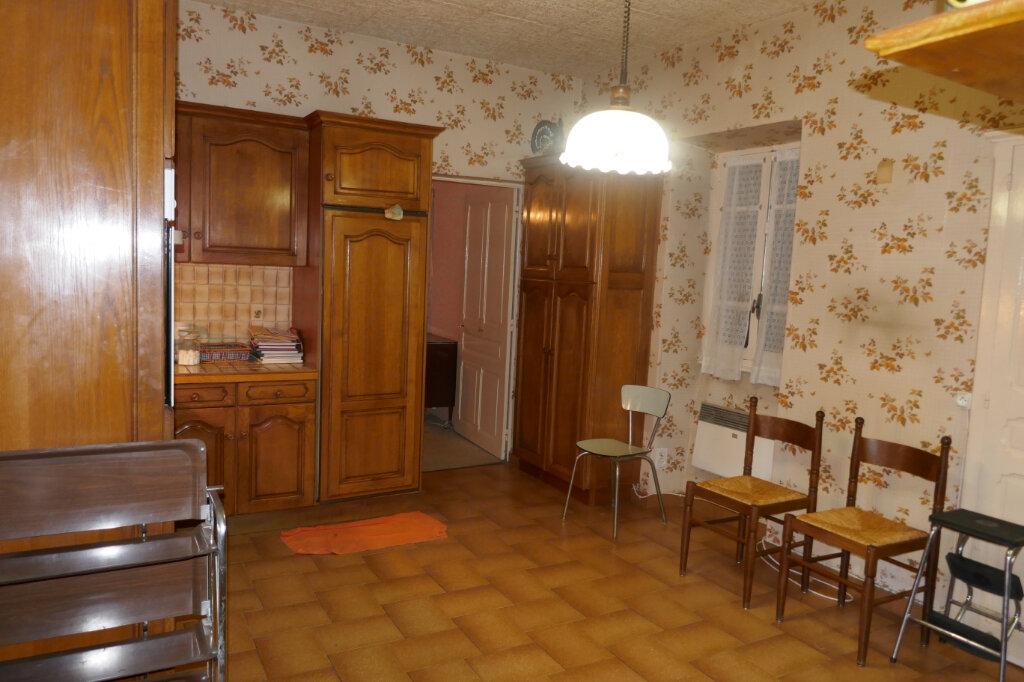 Maison à vendre 5 109m2 à Lablachère vignette-7