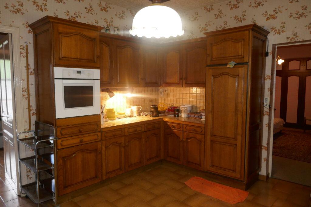Maison à vendre 5 109m2 à Lablachère vignette-8