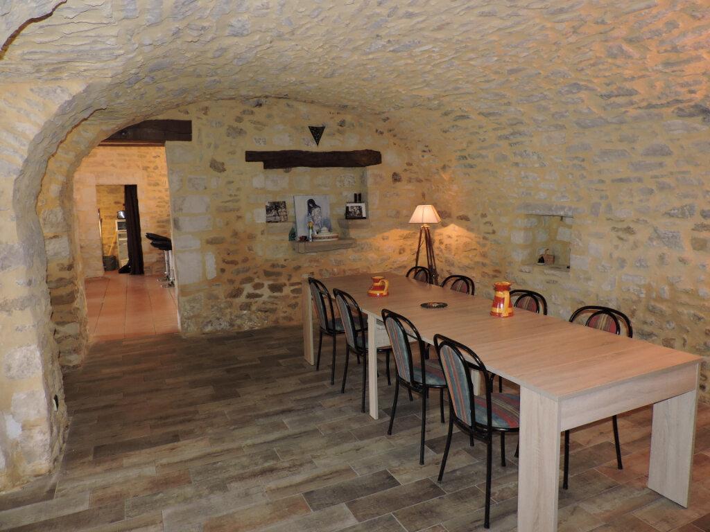 Maison à vendre 11 300m2 à Barjac vignette-3