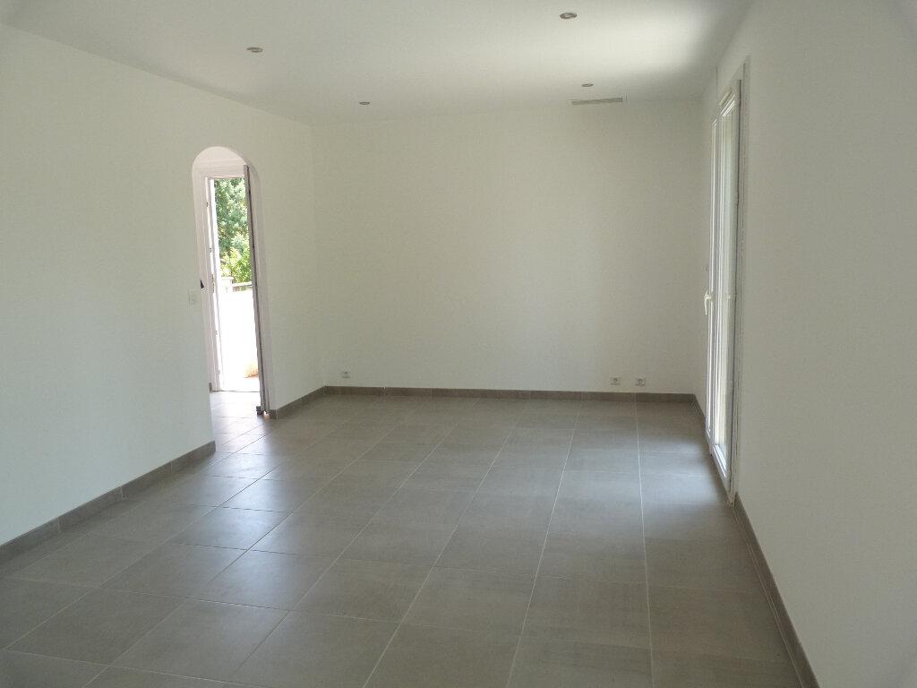 Maison à vendre 8 137m2 à Bouquet vignette-4
