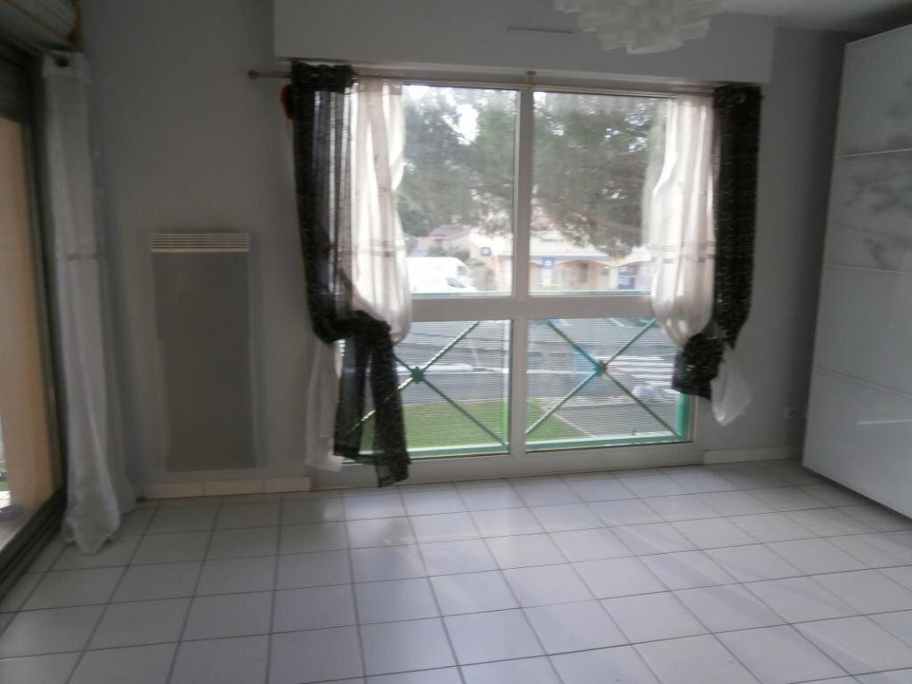 Appartement à louer 2 40m2 à Saint-Aunès vignette-7