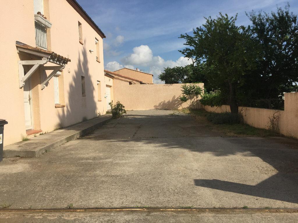 Appartement à louer 4 80m2 à Lunel-Viel vignette-1