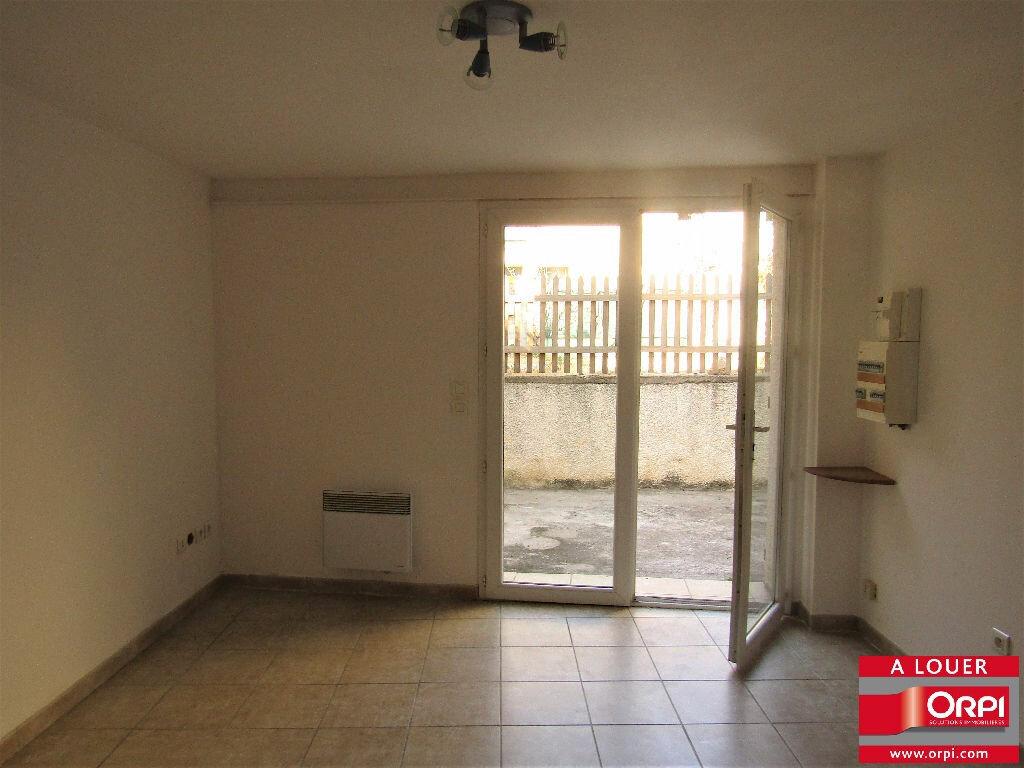 Appartement à louer 2 59m2 à Saint-Drézéry vignette-1
