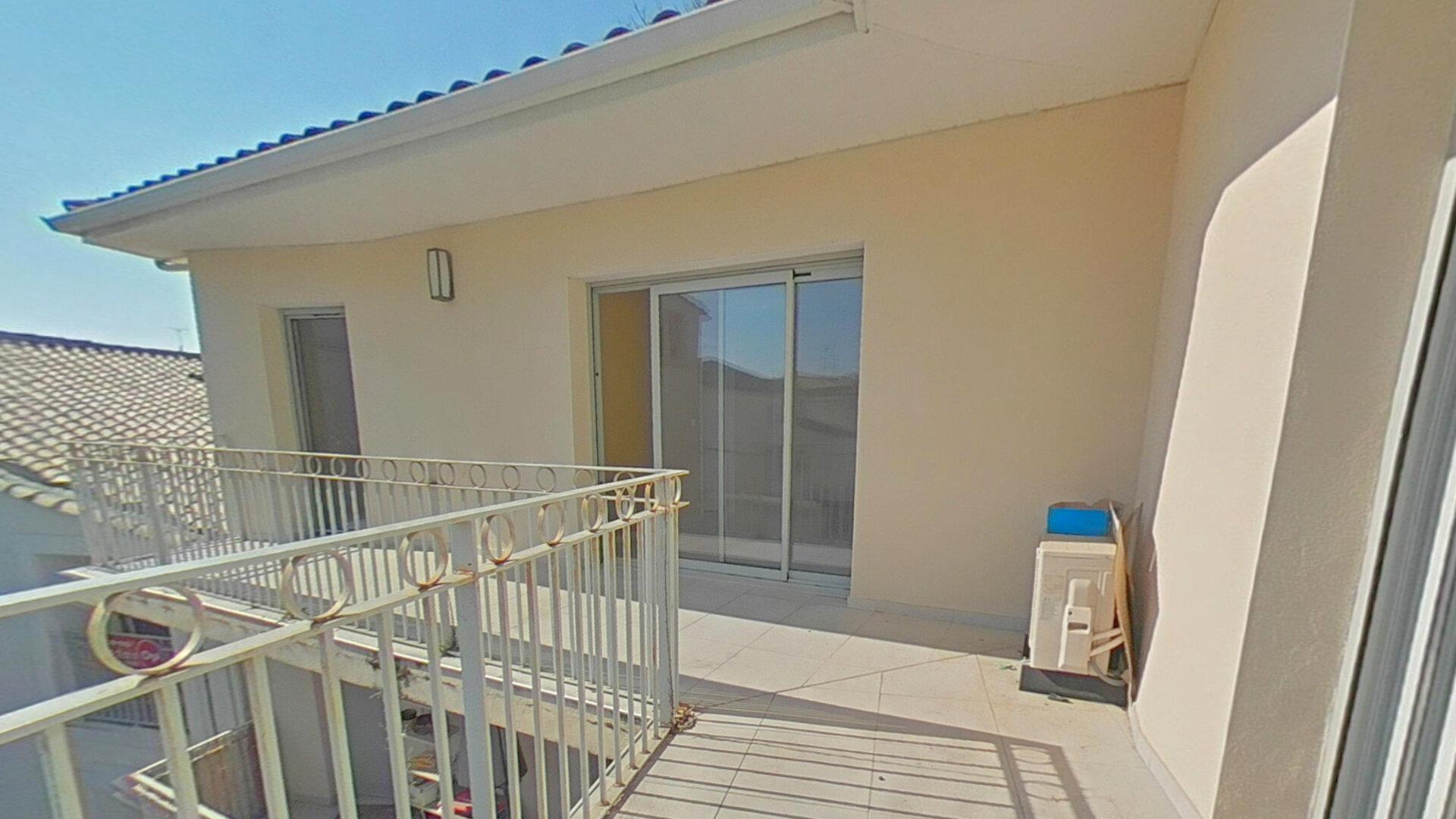 Appartement à louer 4 92m2 à Lansargues vignette-1