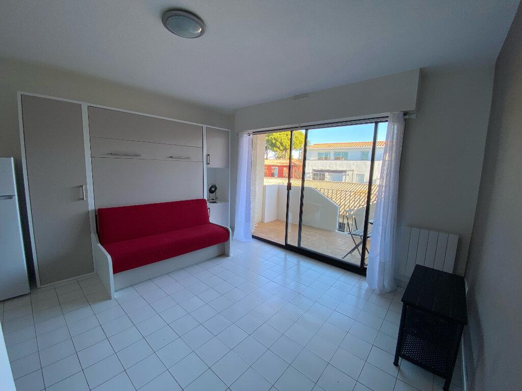 Appartement à louer 1 25m2 à Mauguio vignette-2